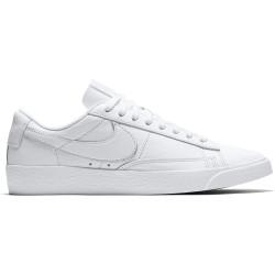 NIKE, Nike blazer low le, White/white-white